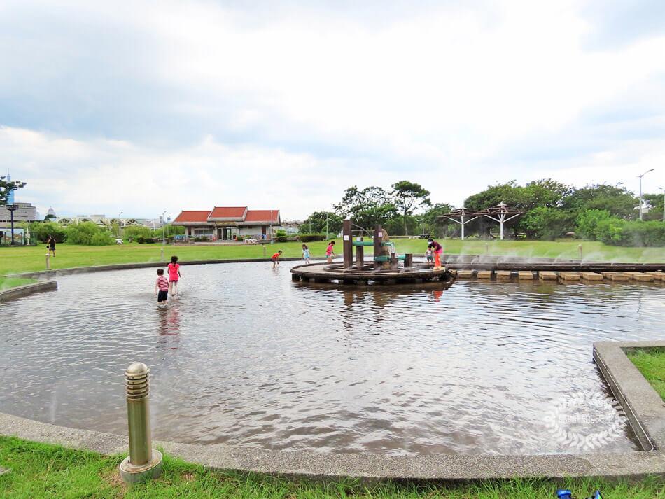 台北玩水景點-內湖運動公園 (38).jpg