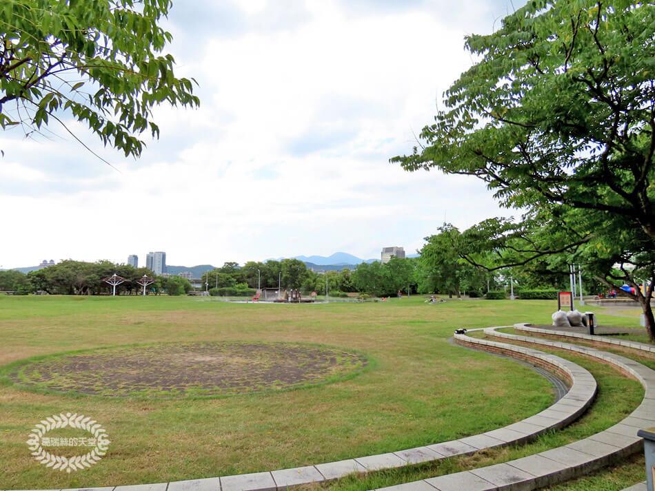 台北玩水景點-內湖運動公園 (41).jpg