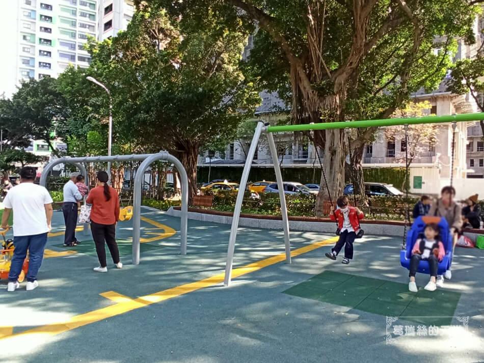 台北最新特色公園-青年公園-飛行探索遊戲場 (18).jpg
