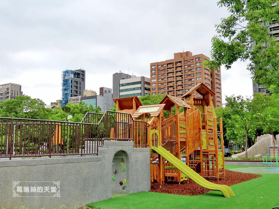 台北特色公園-大安森林公園-森林之王遊戲區 (4).JPG