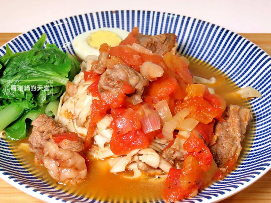 偽麵條-番茄牛肉麵 (8).JPG
