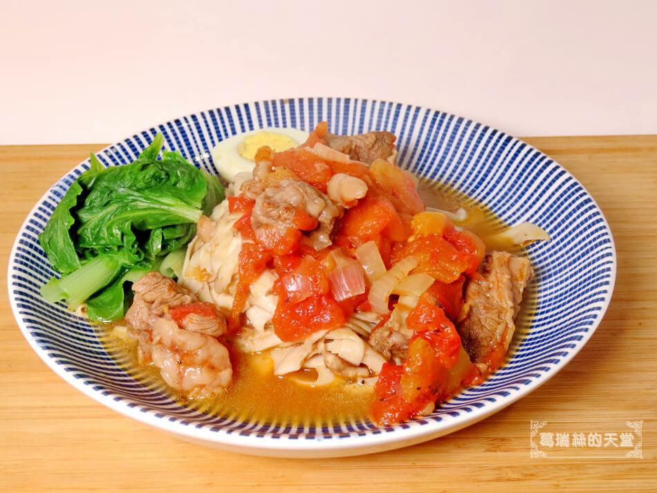 偽麵條-番茄牛肉麵 (7).JPG
