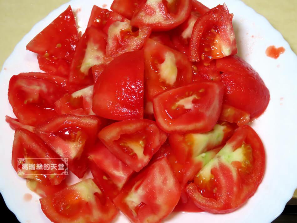 番茄無水燉牛肉 (6).JPG