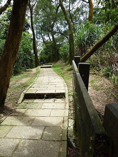 南港山步道