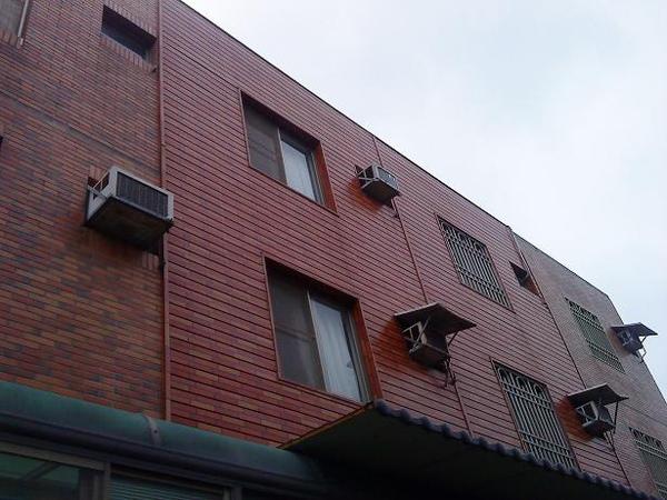 外牆.JPG