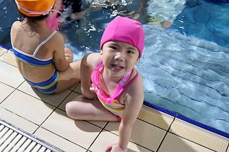 1040525YMCA游泳1
