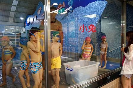 1040525YMCA游泳11