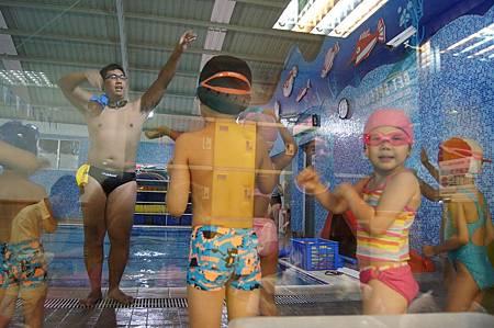 1040525YMCA游泳15