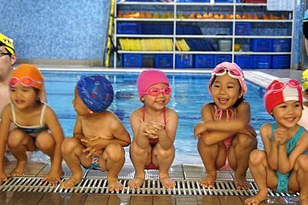 1040525YMCA游泳19