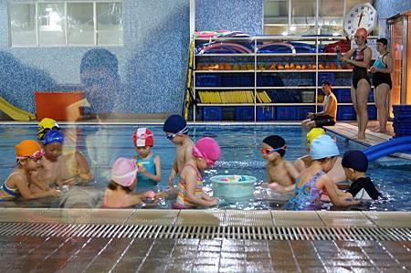 1040525YMCA游泳23