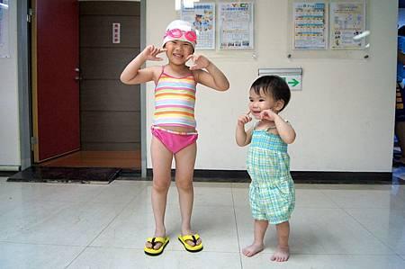1040614YMCA游泳1