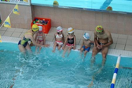 1040614YMCA游泳13