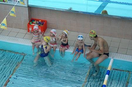 1040614YMCA游泳14