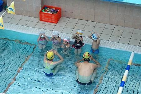 1040614YMCA游泳16