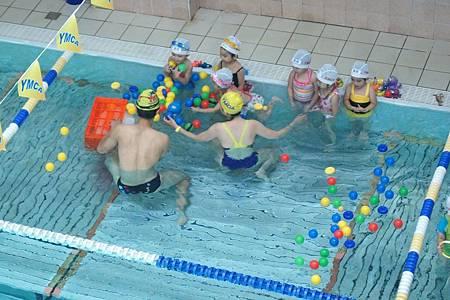 1040614YMCA游泳21