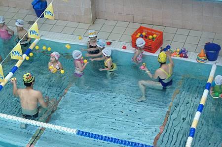 1040614YMCA游泳22