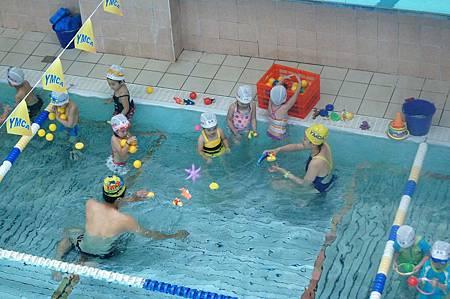 1040614YMCA游泳23