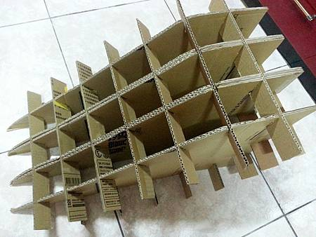 紙箱溜滑梯6