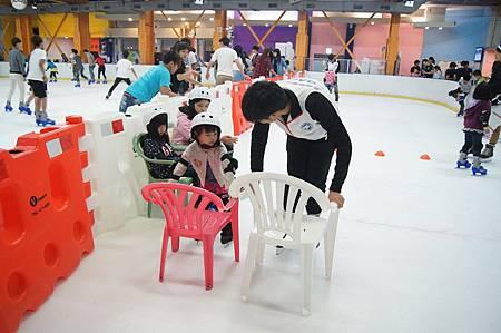 1040927滑冰13