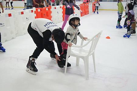 1040927滑冰18