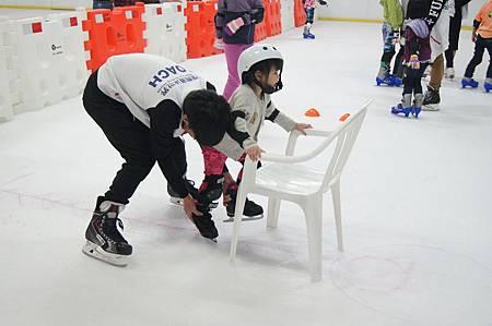 1040927滑冰19