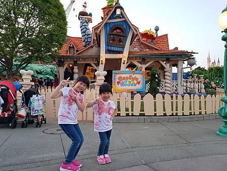 1070514迪士尼遊樂設施64