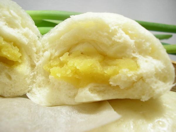 奶黃包剖面圖.JPG
