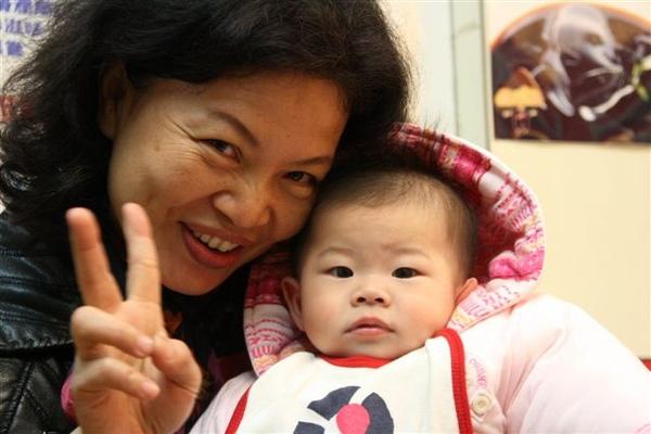 Baby & GranMa 4.jpg