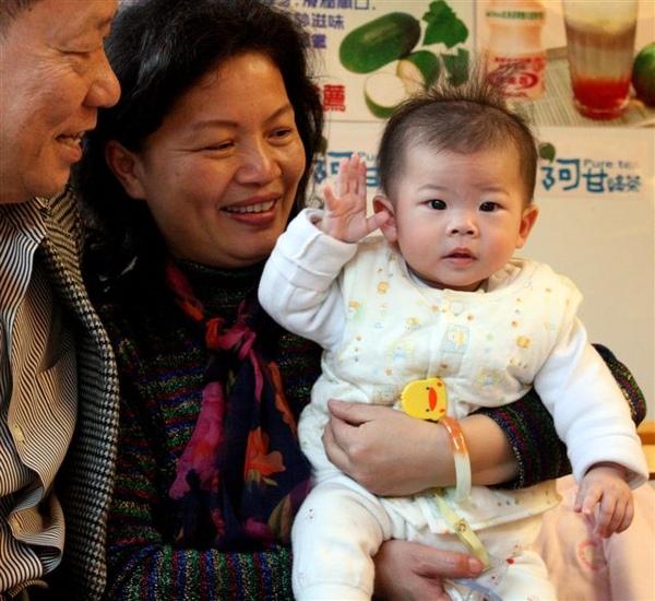 Baby & GranPaMa 4.jpg