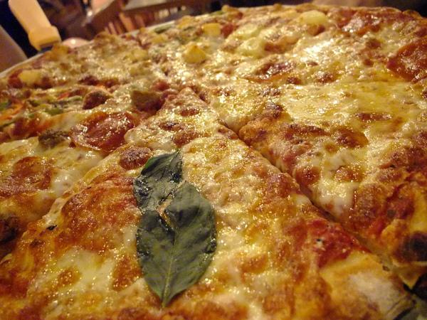 NY Pizza-八合一我愛的九層塔.jpg