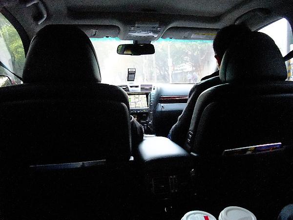 01-01 前往桃園機場路上.JPG