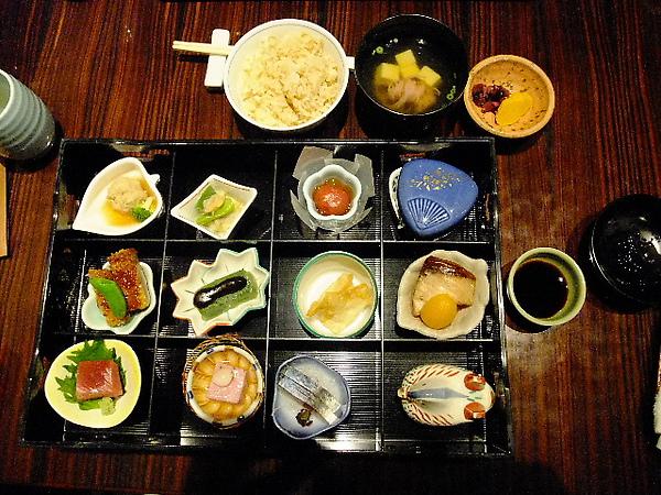 04-04-胖子點的套餐.JPG
