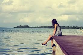 「girl alone」的圖片搜尋結果