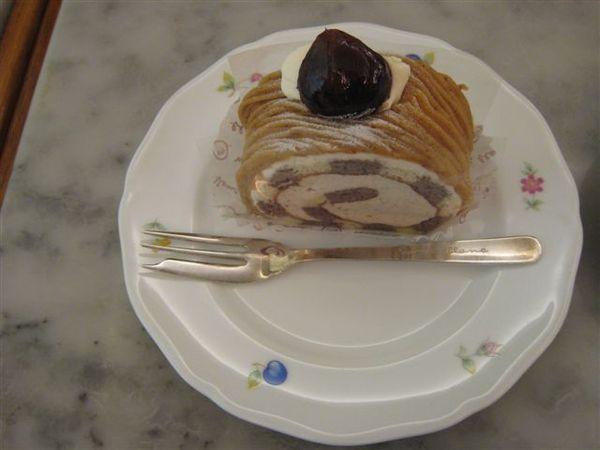 呆期的甜點是栗子的喔.jpg