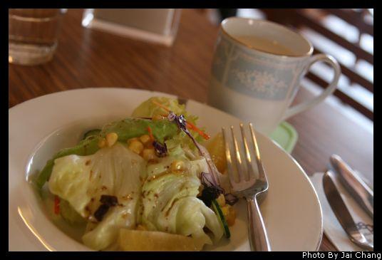 豐原斯比亞咖啡沙拉