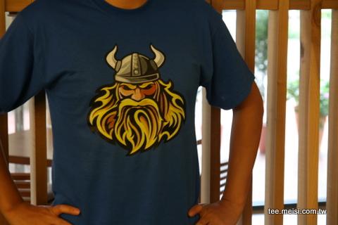 維京人T恤