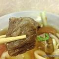 台北永康街.一品山西刀削麵.蕃茄牛肉麵-帶筋牛肉塊