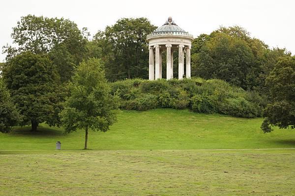 英國花園的希臘神殿