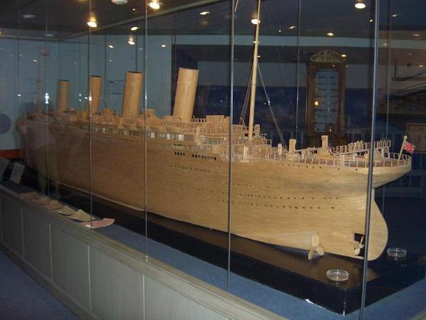 鐵達尼模型