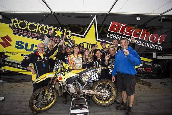 【16歲台灣少年 勇奪2014 FIM Junior Motocross 125cc世界冠軍!】