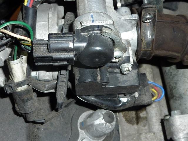 台鈴機車六期噴射引擎 節流閥 怠速控制閥 燃燒室 噴油嘴 汽門 清除積碳方法