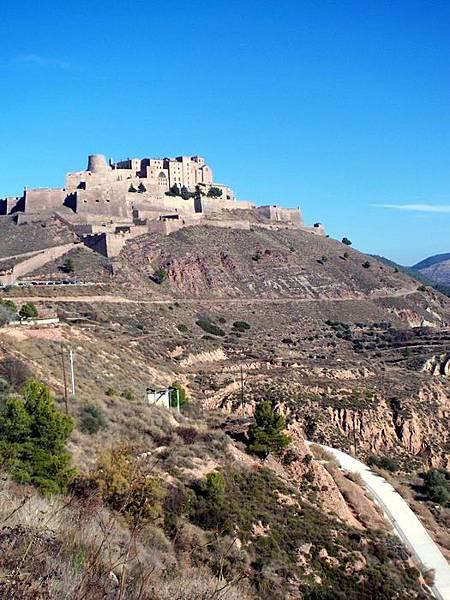 Cardona山上的城堡.JPG