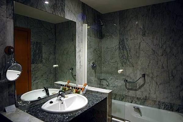 浴室-1.JPG