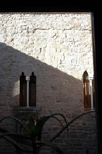 浴室窗外景觀-2.JPG