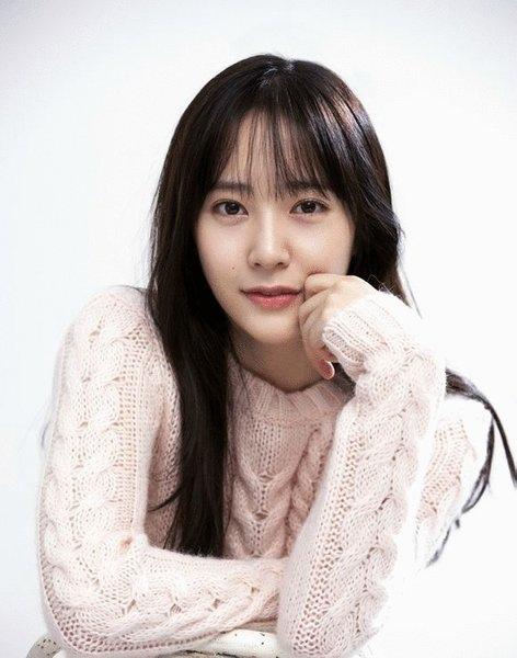 對我而言可愛的她-尹世娜-Krystal