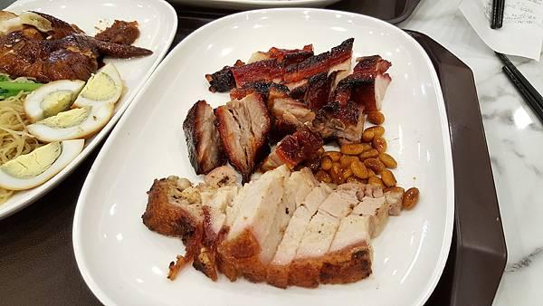 特色三拼(叉燒,燒肉,排骨) $290