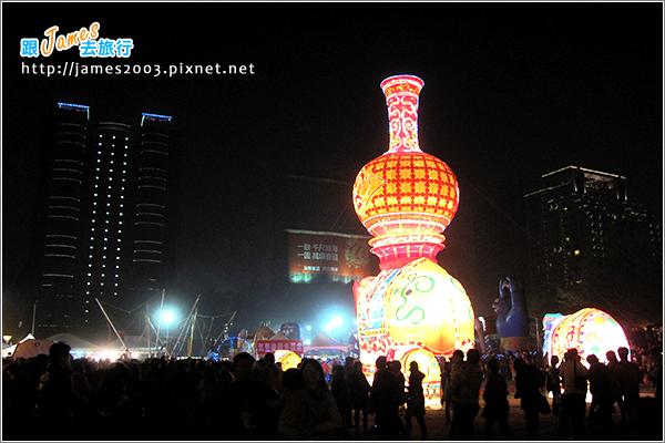 2013台中燈會-文心森林公園元宵燈會_04
