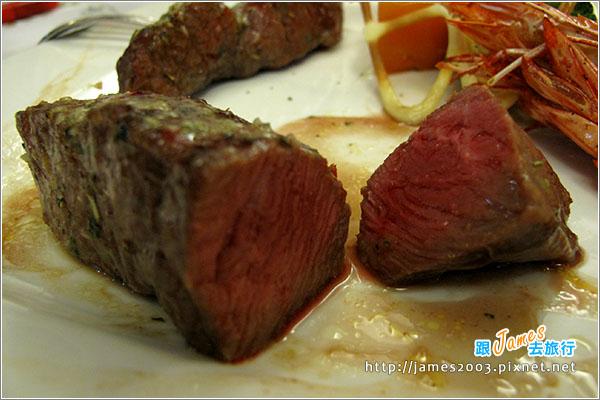 台中美食-紅敞精廚創意牛排 - 紅敞精廚牛排14
