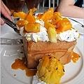 員林法式烤雞主題餐廳-蜜糖土司11.JPG