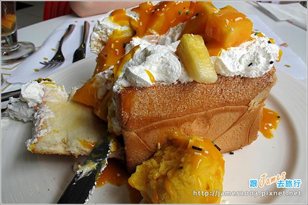員林法式烤雞主題餐廳-蜜糖土司12.JPG